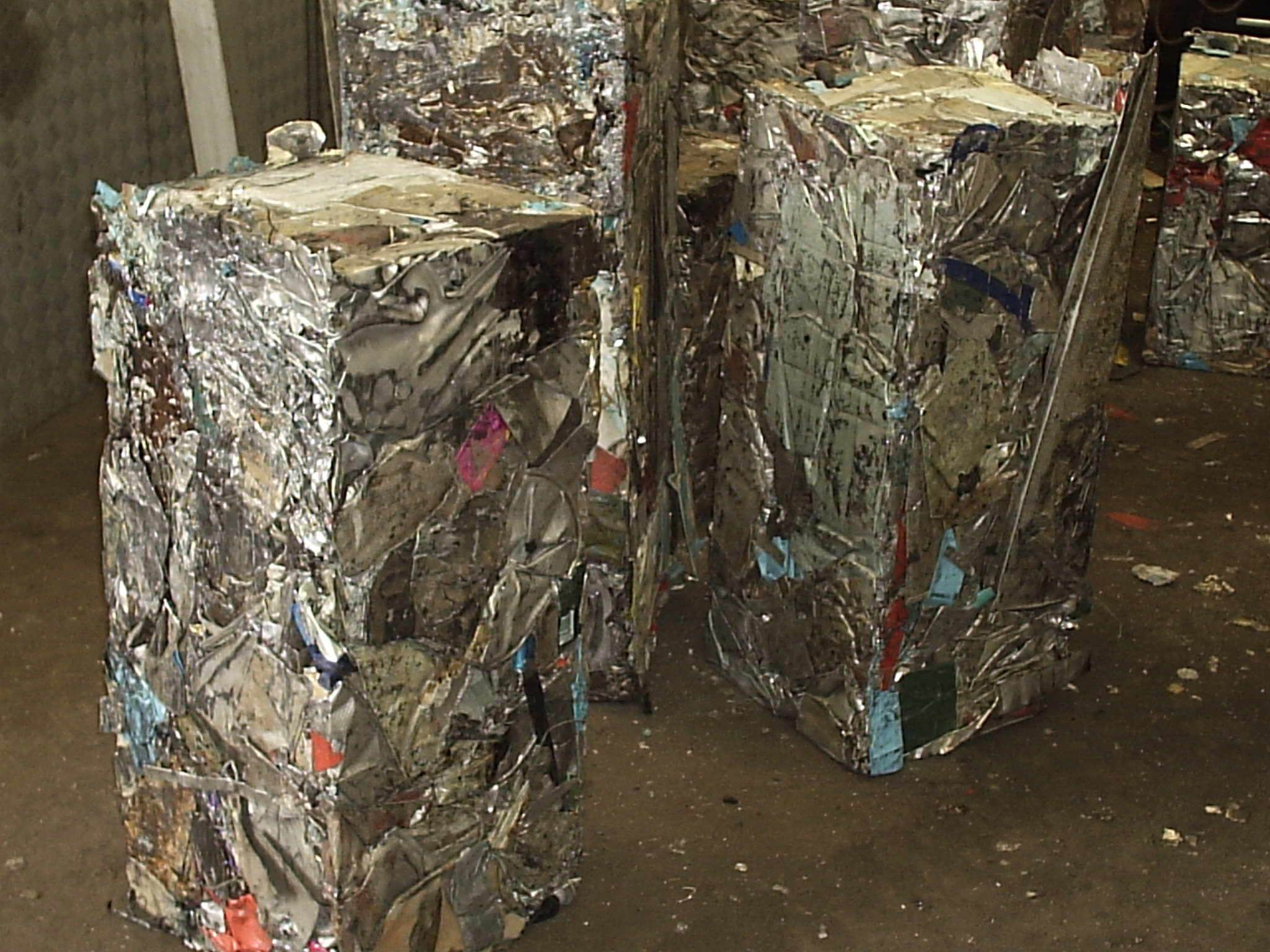 metal scrap recycled by metal scrap baling press