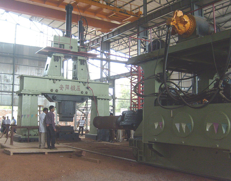8 ton railbound forging manipualtor in India