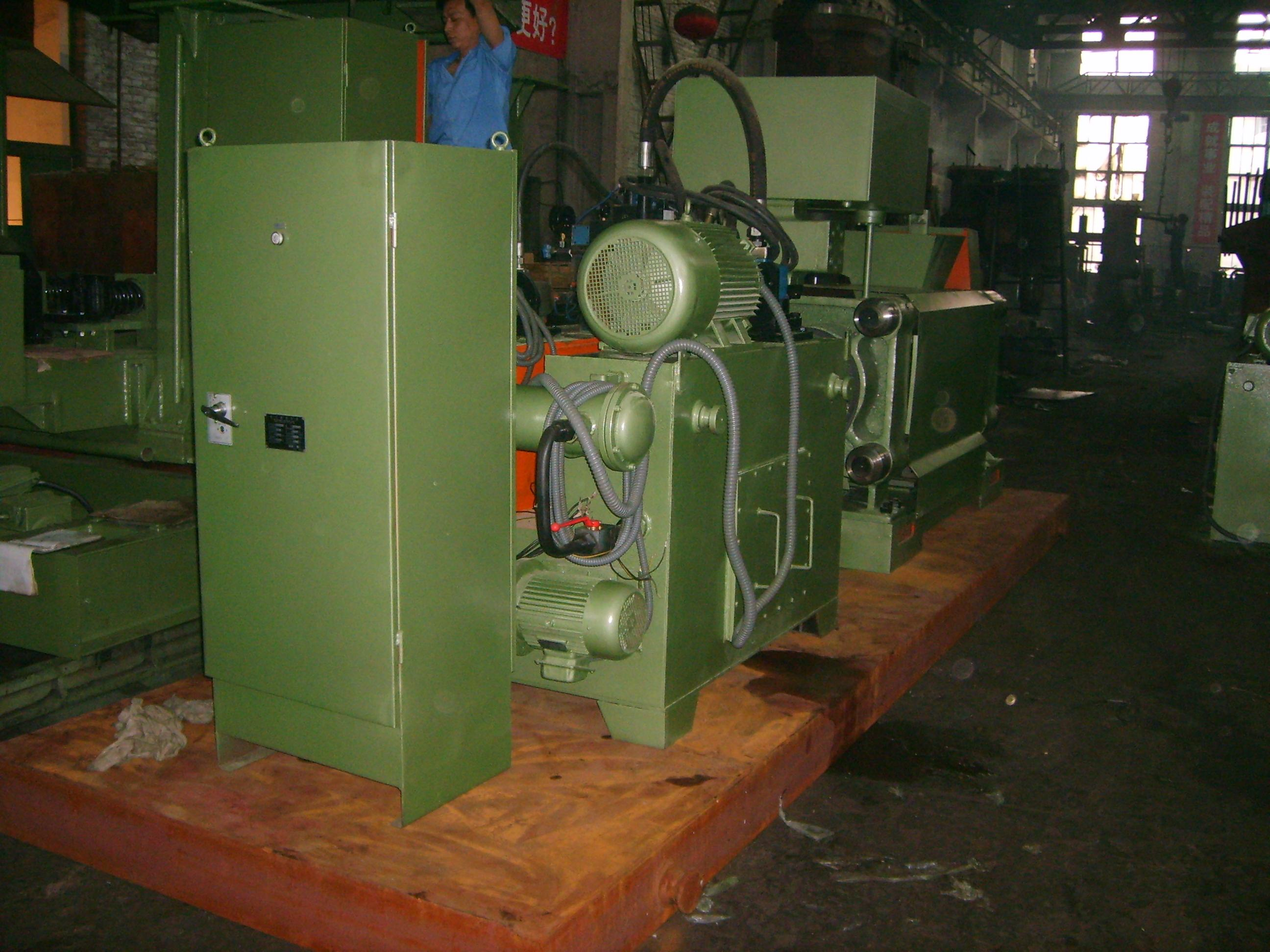 Y83-160 metal scrap briquette press machine to Canada