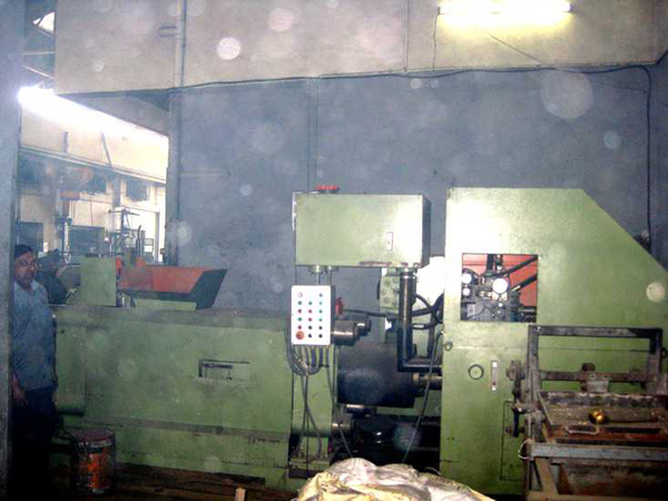 Y83-160 metal scrap press recycle cast iron scrap in India