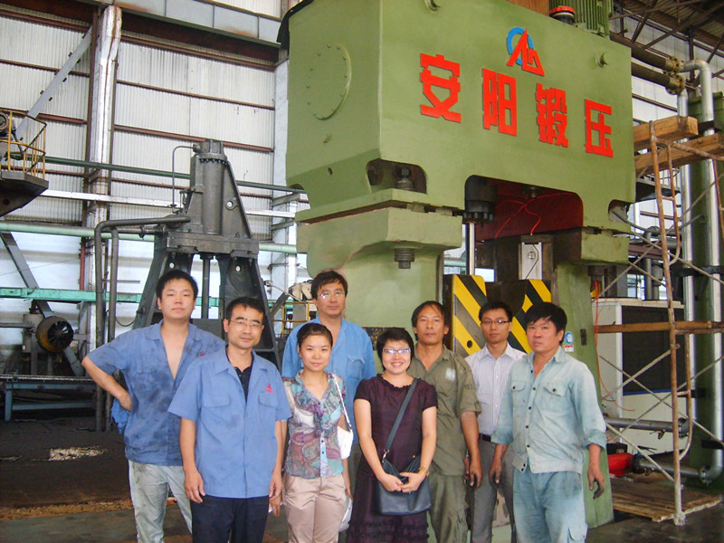 63kj CNC Hydraulic double-acting hammer in Vietnam