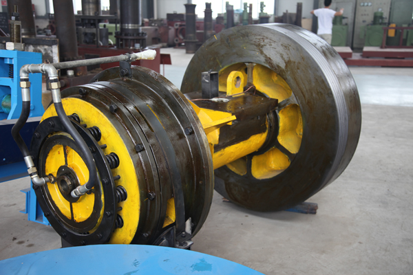 automatic steel shearing machine clutch assembly