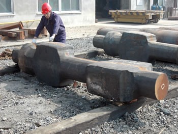 Long shaft forged by open die hydraulic forging hammer